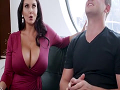 Mom Ava Addams catchet and fucked to panty bandit