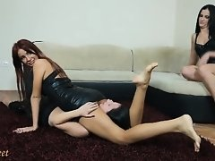 Leather Skirt Reverse Headscissor Squeeze Dune F
