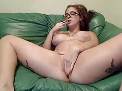Webcam slut smoking blunt and fucking her own ass
