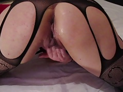 Arab mix Russian MILF whore fingers pussy after gushing.