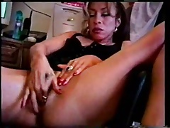 Latina mom squirts before hub comes home.