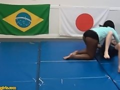 thick black girl wrestling